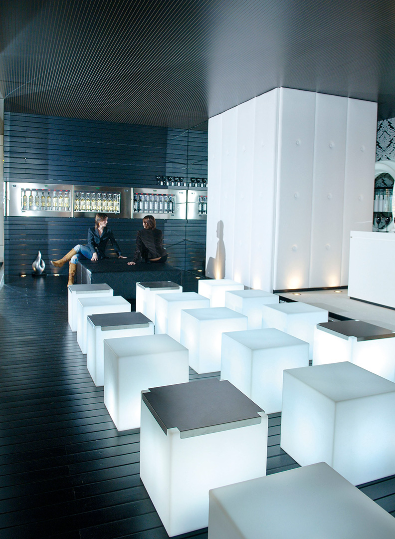 floor-lamp-cubo-3